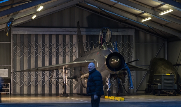 photo-bomb, Bruntingthorpe-20160220-155